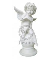 Скульптура из литьевого мрамора 8 - Ангел на шаре с бабочкой