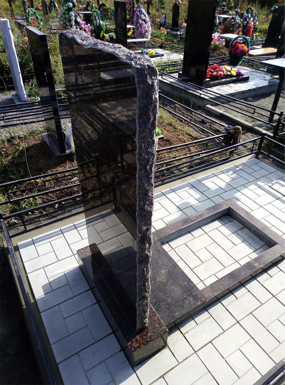Укладка могил тротуарной плиткой